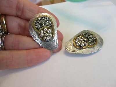 VINTAGE WILLIAN DE LILLO SIGNED DESIGNER HAND CRAFTED STERLING CLIP ON EARRINGS