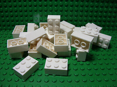 ** 25 CT LOT **  Lego NEW white 2 x 3 standard bricks   Lot of 25