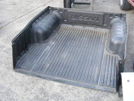 Genuine Nissan Navara STR D22 DualCab ute BLACK PLASTIC TUB LINER Wyong Wyong Area Preview