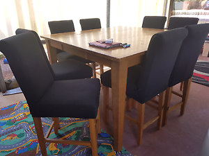 Solid 8 seater dining Toowoomba Toowoomba City Preview