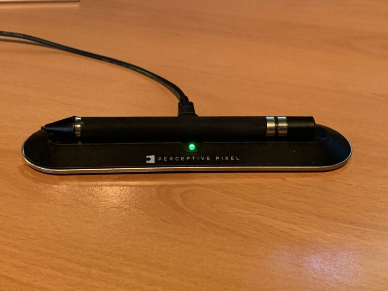 Perceptive Pixel Stylus With desktop Charger