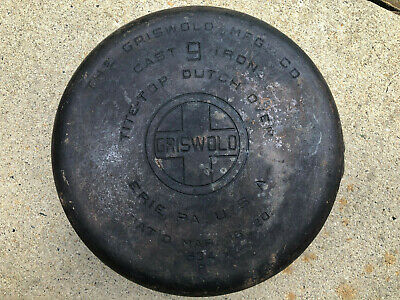 Griswold Size 9 No 834B Cast Iron Dutch Oven Block Logo - Cracked