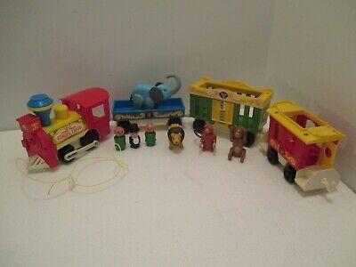 Vintage Fisher Price 1976 Circus Train #991 Animals People Locomotive Works