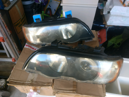 Bmw X5 headlights, E53 gen 1 series 1 1999 - 2003 Kellyville Ridge Blacktown Area Preview