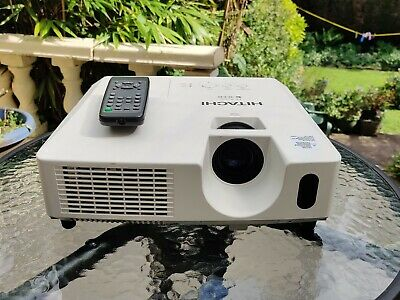 Hitachi CP-X2510 Full 3D HD Ready (2600 ANSI XGA 2000:1) 3LCD VGA>HDMI Projector