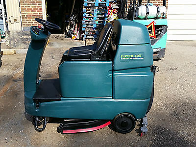 Nobles Speed Scrub Rider 32 Riding Floor Scrubber Under 400 Hours