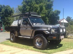 4.2L Turbo Diesel Landcruiser Ute, Wrapped, Lift, Lockers, Low kms. Chapel Hill Brisbane North West Preview