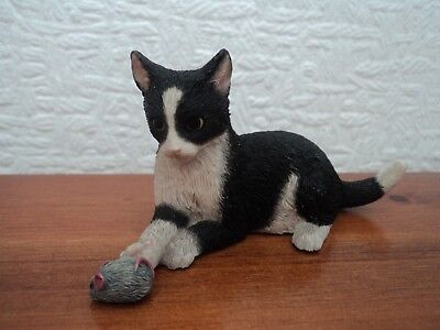 VINTAGE (SHERRATT AND SIMPSON) HAND PAINTED/CRAFTED CAT AND MOUSE - DELIGHTFUL.