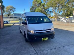 2009 to 2013 HIACE COMMUTER BUS LOW KLM  MANUALS Smithfield Parramatta Area Preview