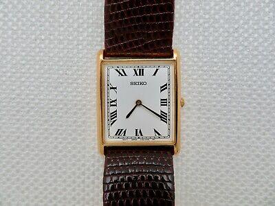 Mens Vintage Seiko Quartz Tank Style Wristwatch V700-5K39 - Working