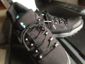New woman Fila Waterproof shoes