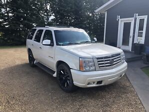 2006 ESCALADE CADILLAC FULL LOAD MINT