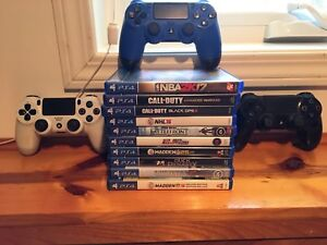 PS4 Games and Controllers