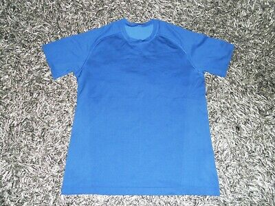 Lululemon Men's L/Large Metal Vent Tech Blue Short Sleeve Shirt