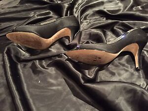 Ladies designer Evening pumps with crystals  Oakville / Halton Region Toronto (GTA) image 3