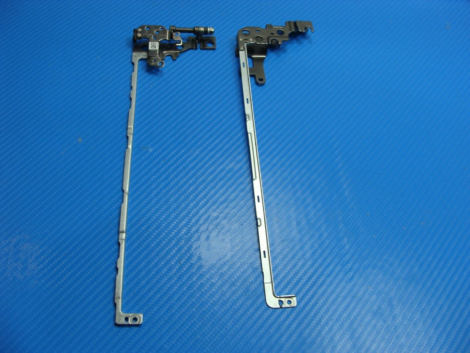 Dell Inspiron 15.6 5570 Genuine Left Right Hinge Set 3Y32X D0D85 - $9.99