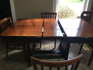 Buy Or Sell Dining Table Sets In Napanee