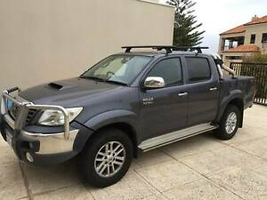 TOYOTA HILUX SR5 4X4 AUTO DIESEL IN CHARCOAL GREY
