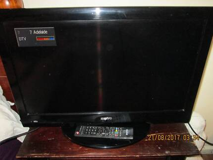 SANYO  digital  television   26inch  with remote   like new