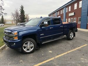 Private sale only 30k-2016 Chevrolet Silverado 2500 High Country
