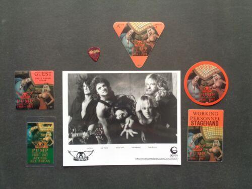 "AEROSMITH,B/W Promo Photo,5 Original ""PUMP TOUR"" Backstage passes,Guitar pick"