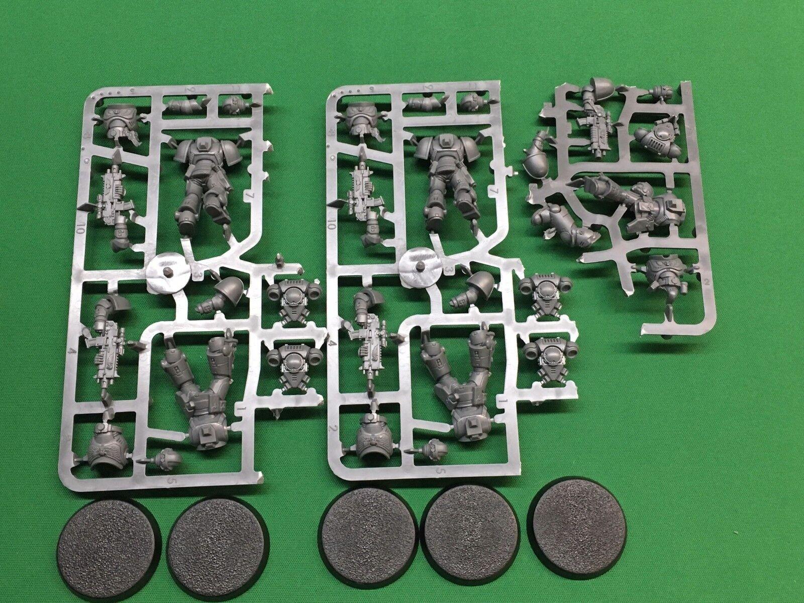 Warhammer 40K Dark Imperium KNF Primaris Space Marines Intercessor Squad B New