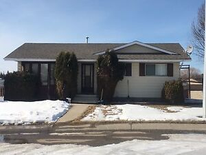 4 BEDROOM FULLY FURNISHED HOUSE FOR RENT IN DRAYTON VALLEY