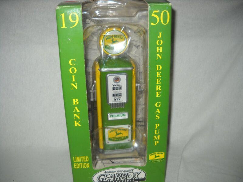 "JOHN DEERE1950 VINTAGE GAS PUMP W/ BANK  GEARBOX LIMIT EDITION 9 "" TALL"