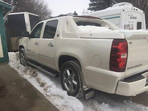 2013 Chevrolet Avalanche black Ice Edition