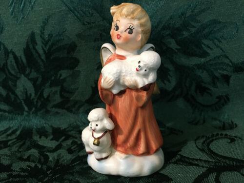 VINTAGE LEFTON CHRISTMAS CERAMIC ANGEL GIRL FIGURINE HOLDING LAMBS-VERY CUTE!