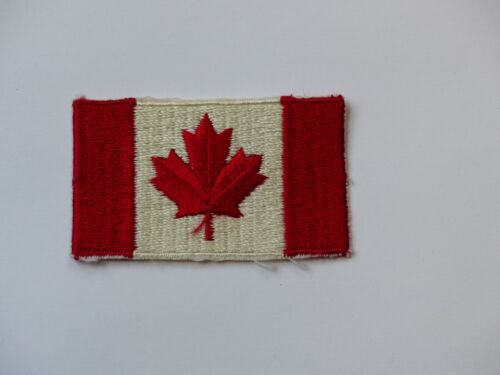 Unused Vintage Scouts Canada Boy Scout National Maple Leaf Flag Badge Patch