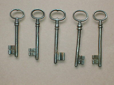 five    GENUINE ANTIQUE KEYS  ideal Punk or display   (set E)