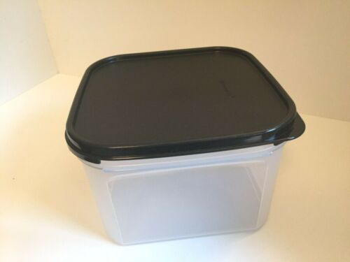 New Tupperware modular mates square 3 container with black seal