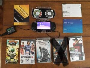 Portable PlayStation (PSP) 3001 Console with 4 games + 1 movie