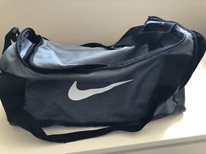 1e8e5148e78 Gym Bag Nike   Kijiji in Ontario. - Buy, Sell   Save with Canada s ...