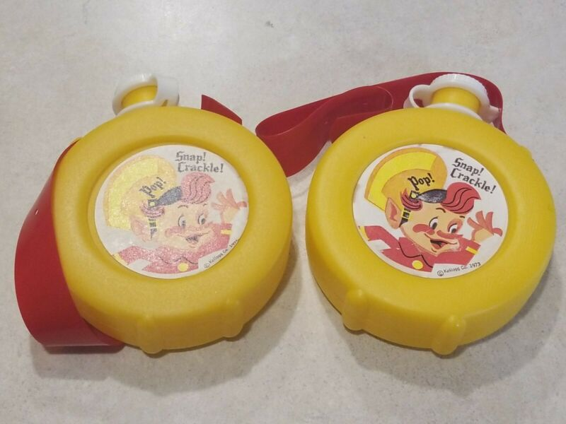 Lot of 2 Kelloggs 1973 Snap Crackle Pop Plastic Canteen Pre Owned