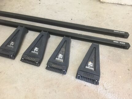 Set of Rhino Rack Brackets and Roof Bars