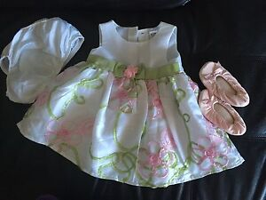 Very cute girl's summer dress 6/9 M. AVAILABLE