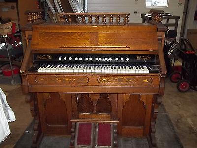 Vintage Oak Hinners Organ Co.