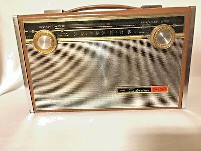Vintage Sear Silvertone 800 Transistor AM Radio (Tested Works)...FREE SHIPPING!!