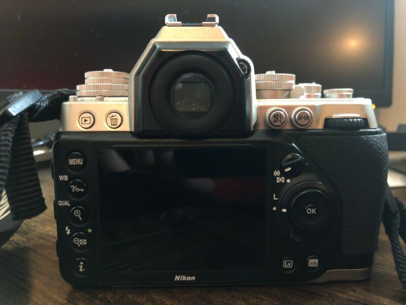 Nikon Df 16.2 MP Digital SLR Camera - Silver (Body Only)