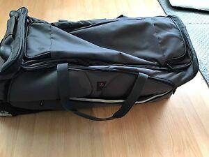 Sac de voyage sur roulettes ( valise)