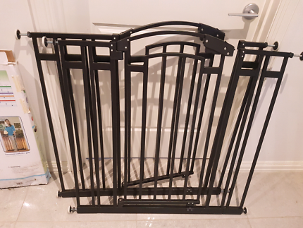 Safety Gates X2 Black excellent used condition