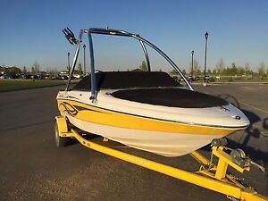 2008 Reinell 18.5' with wake tower