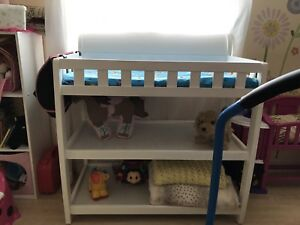 White baby changing table