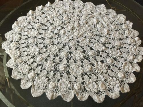 VINTAGE ANTIQUE Round Floral White Handmade Crochet Cotton Lace Tablecloth 94cm