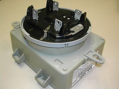 Cannon Technologies Inc. Capacitor Bank Controller Cbc-5010 Used M10-12