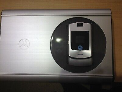 Classic Motorola RAZR V3i - (Unlocked) - Excellent almost unmarked condition