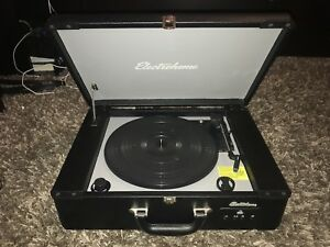 Electrohome Archer Turntable Stereo System