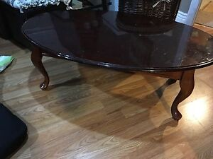 Queen Anne Solid wood coffee table